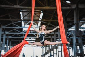 Воздушная гимнастика на полотнах Екатеринбург